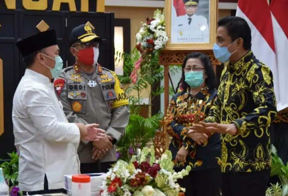 Bantuan PCR dari Presiden RI Diserahkan Gubernur Kalteng kepada Bupati Kabupaten Kotim