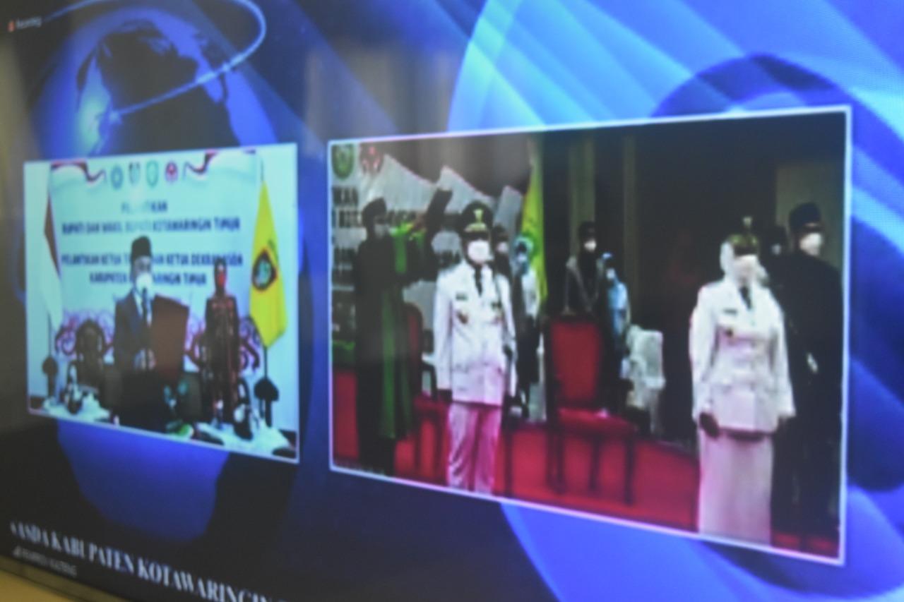 Gubernur Kalteng H. Sugianto Sabran melantik Bupati dan Wakil Bupati Kotawaringin Timur, Halikinnor dan Irawati,