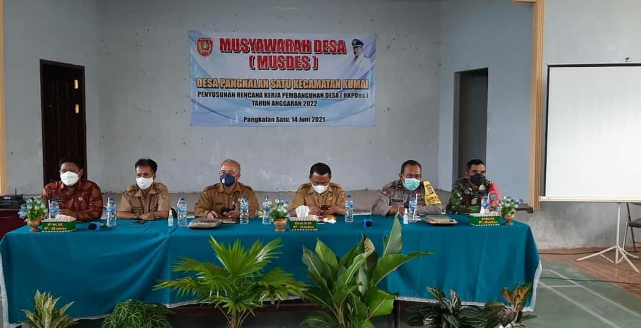 Babinsa Hadiri Musyawarah Desa (Musdes) Pangkalan Satu