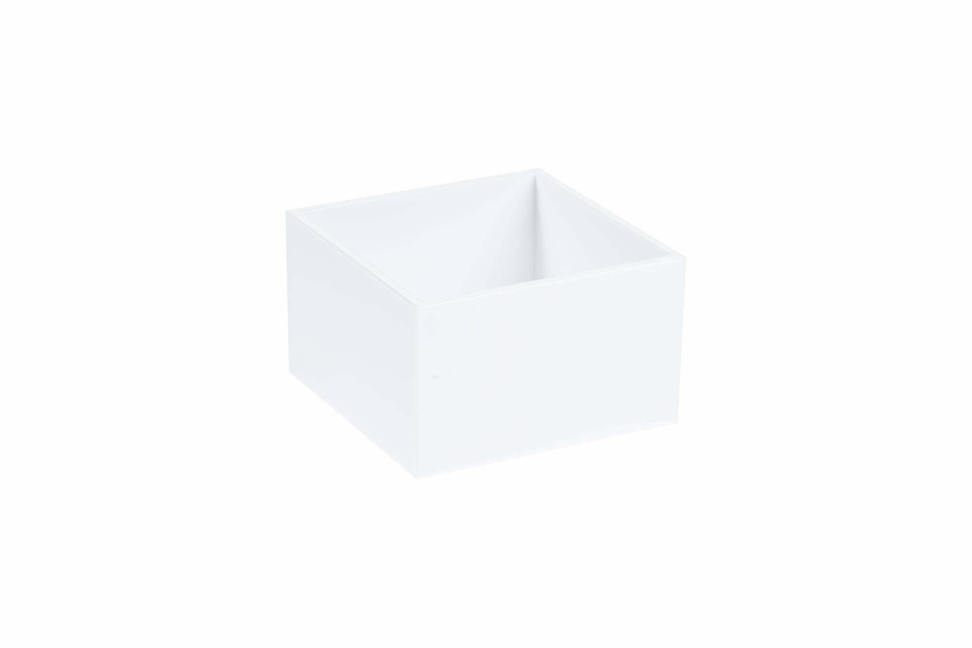 Box M_Boksi M P-0402