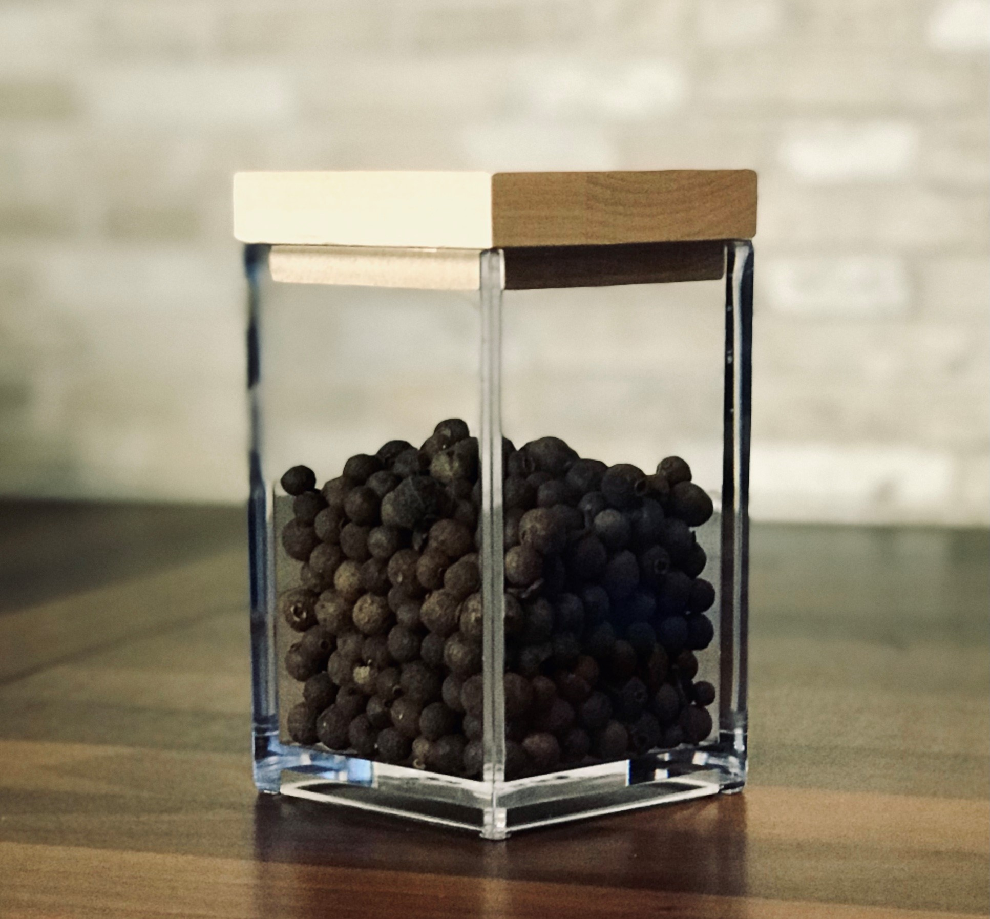 Box S clear with wooden lid