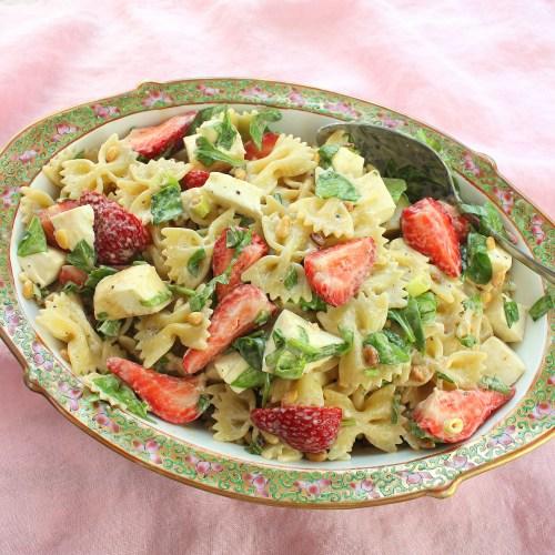 Strawberry Caprese Pasta Salad