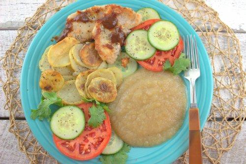 Fresh Applesauce with Dinner