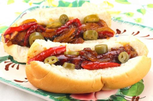 Spicy Jalapeno Beer Glazed Brats and Metts