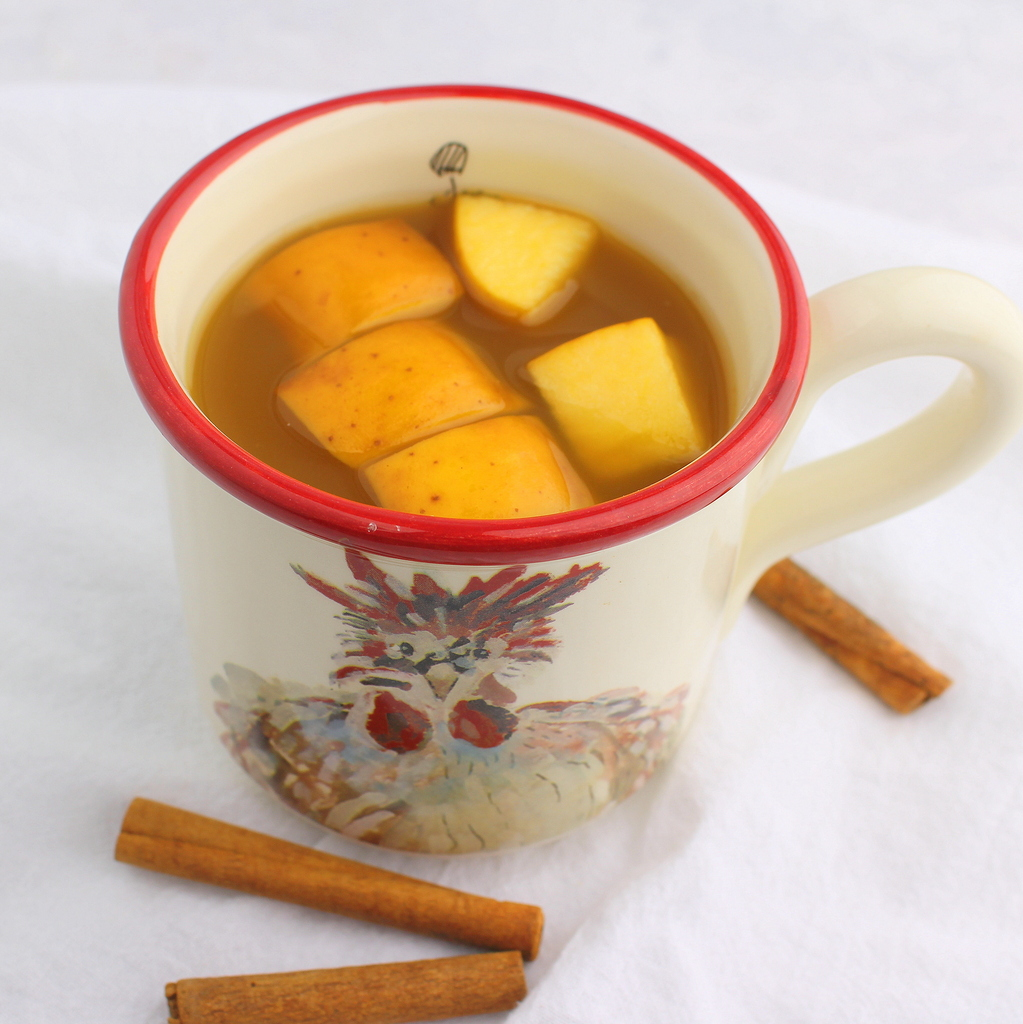 Holiday Hot Tea Punch