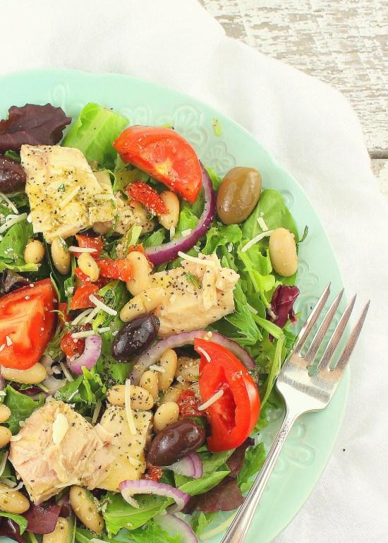 Tuscan Tuna And White Bean Salad