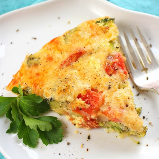 Crustless Broccoli and Tomato Quiche