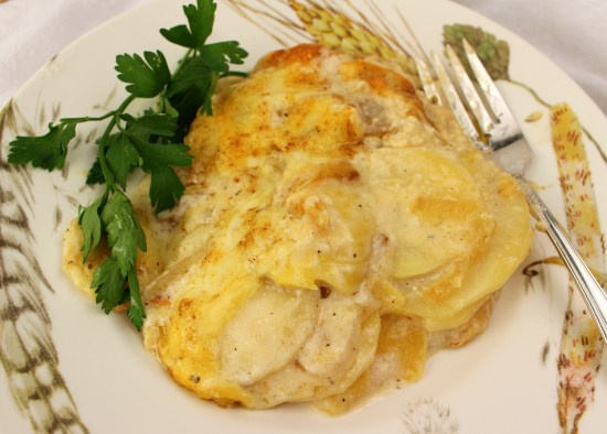 Creamy Potato and Apple Gratin