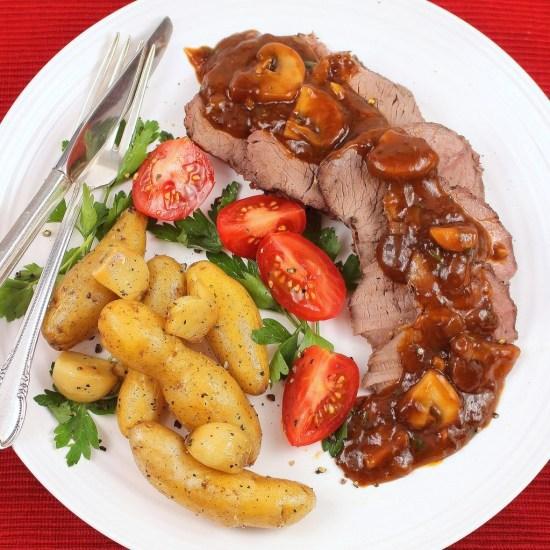 Petit Sirloin Roast Chasseur (Hunter's Style)