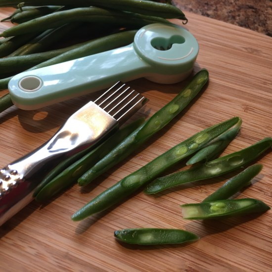Two types of cutting tools for French cut grean beans