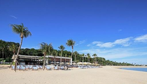Tanjong-Beach-Club_Deck-chairs_web