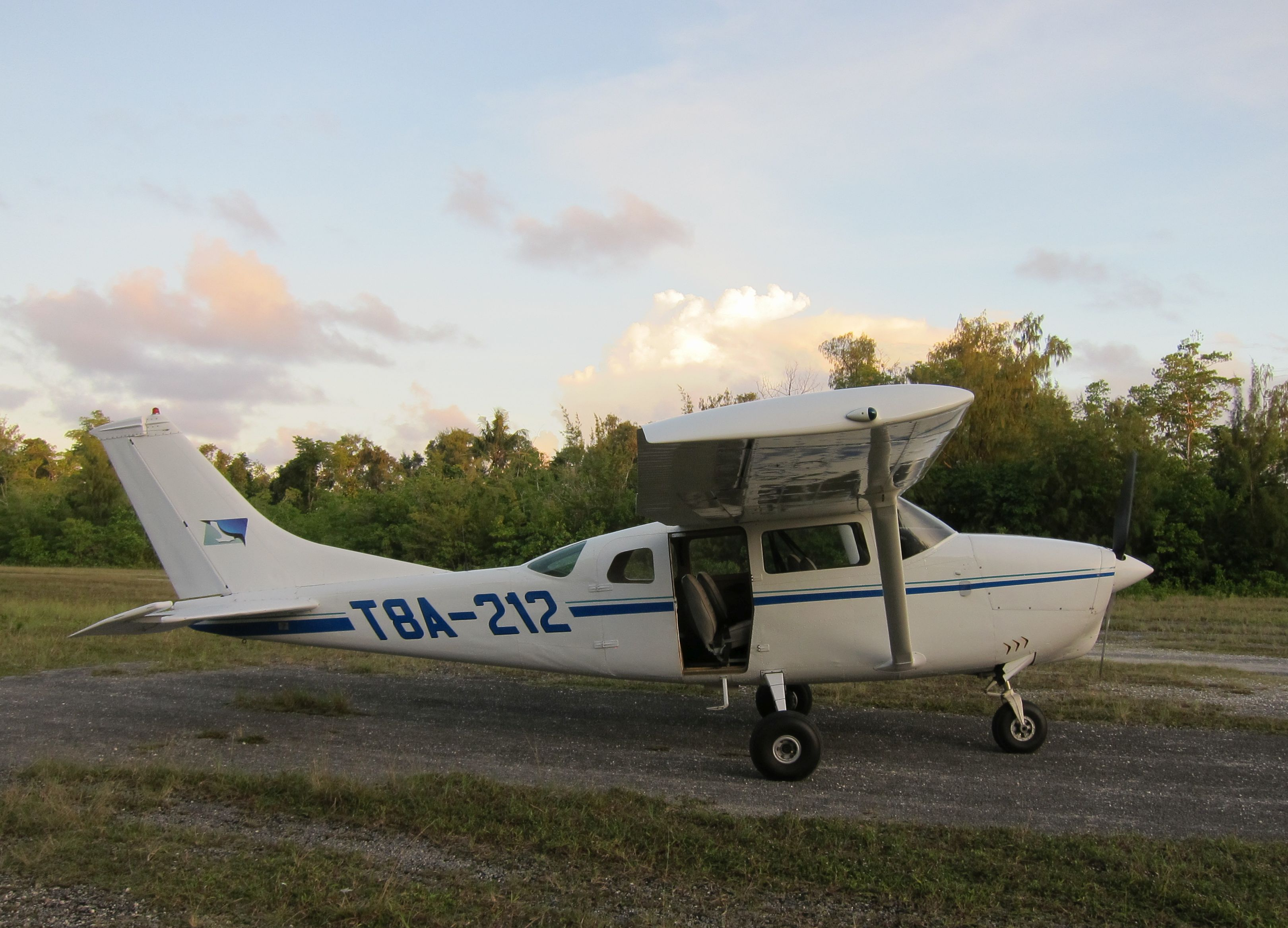 See Palau's islands from PMA's Cessna 206 - 5 passengers, 1000lbs cargo.