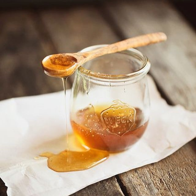 Raw Honey - Beekeeper's Naturals - Certified Paleo - Paleo Foundation
