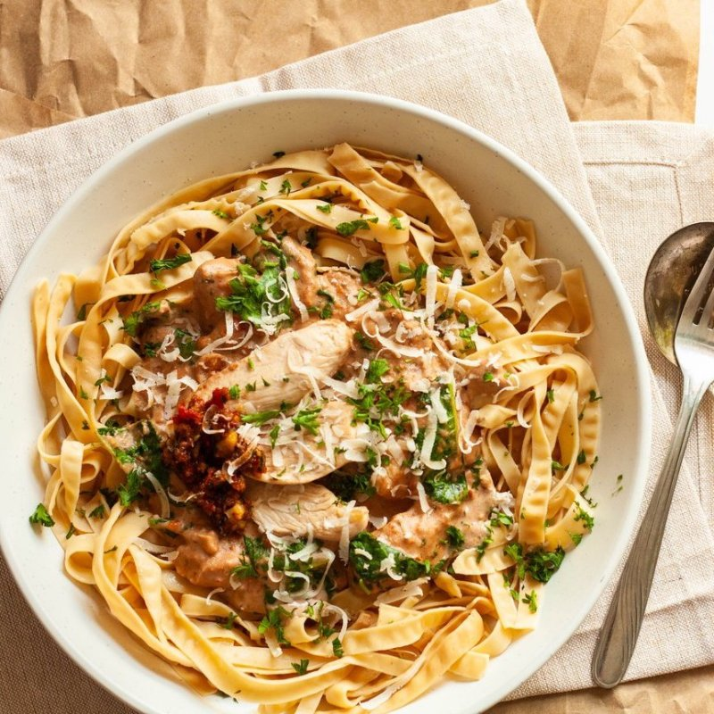 Creamy Sundried Tomato Pesto Pasta - Liviva Foods - KETO Certified by the Paleo Foundation