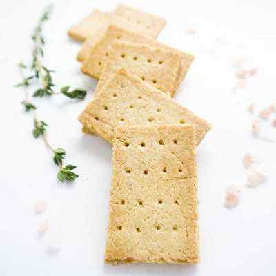 Low Carb Paleo Crackers