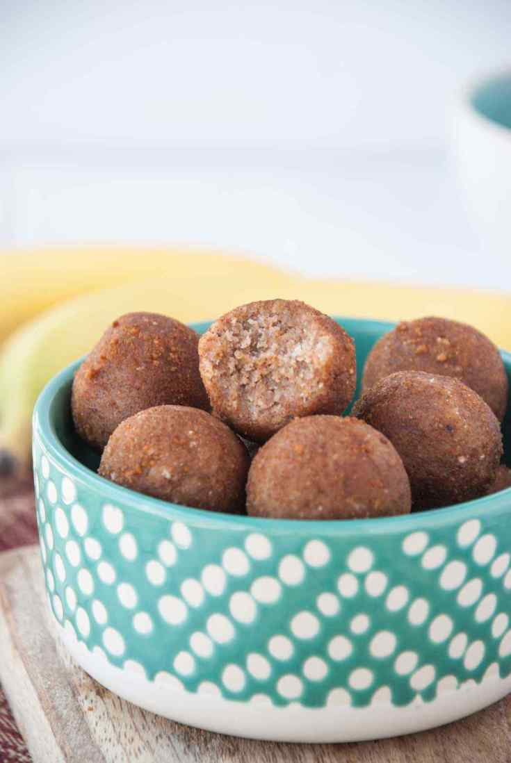 Banana Cinnamon Energy Balls