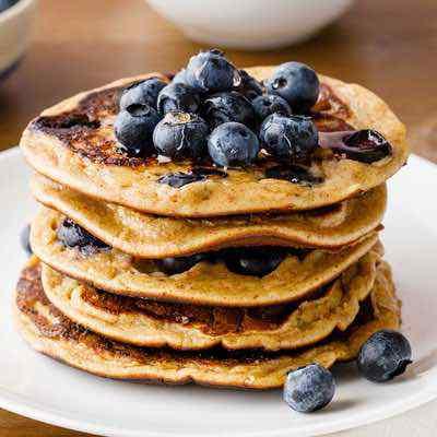 Homemade Flourless Blueberry Banana Pancakes