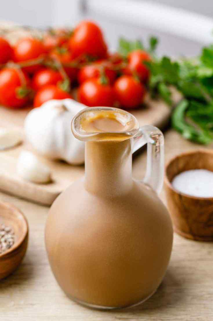 Paleo Balsamic Vinaigrette Salad Dressing