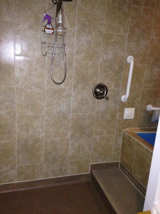 Nice open shower area.