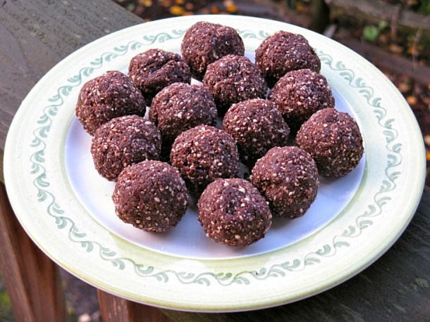 chocolate mint holiday truffles
