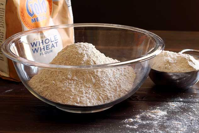 PaleoNewbie-Flour-Shot1-633x425-wrp30