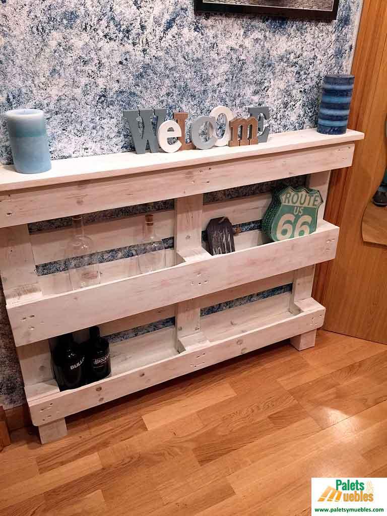 Recibidor con palets reciclados palets y muebles for Mueble hecho con palet
