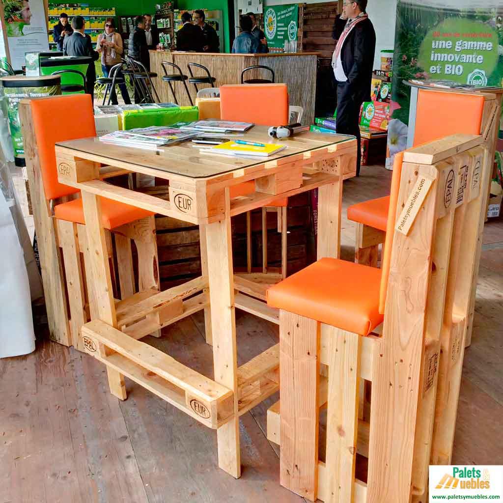 Mesa y sillas de palets europeos palets y muebles for Muebles de palet de europa