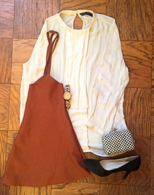 How to Wear an Overall Dungree Pinafore dress 9