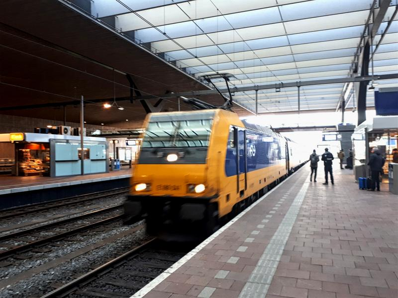 train dutch netherlands ic intercity