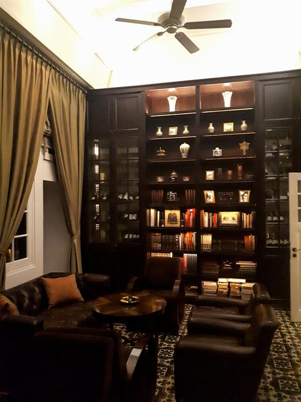 hermitage cigar room