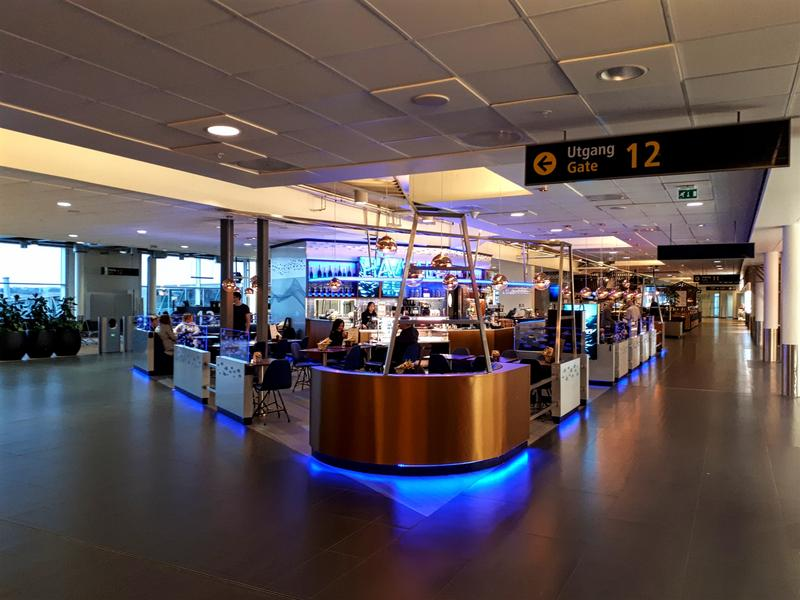 stavanger airport cafe