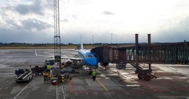 Embraer RJ-175 klm stavanger amsterdam