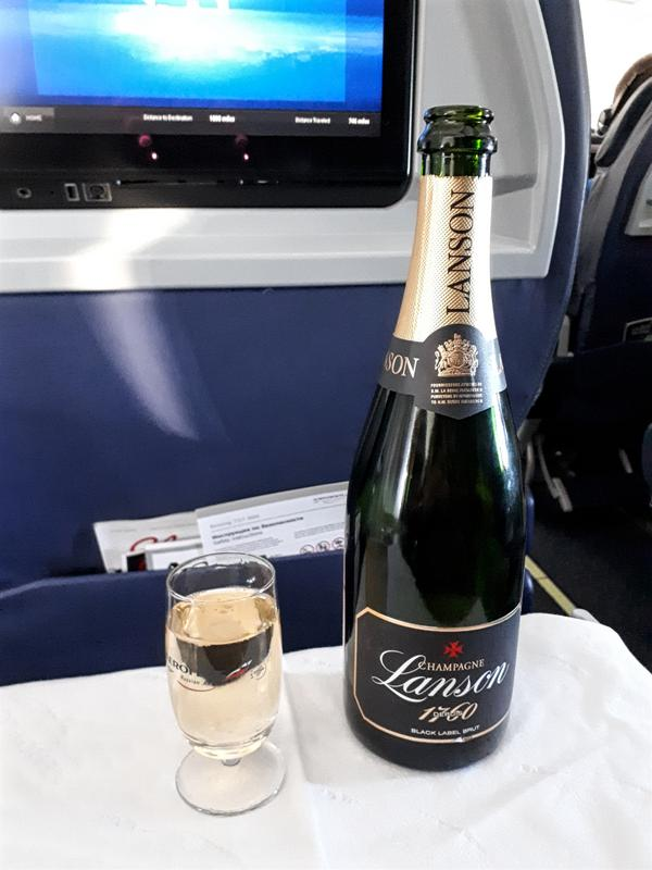 aeroflot business class champagne lanson