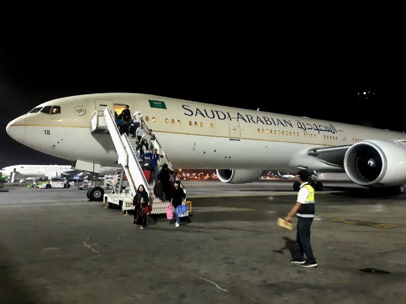 saudia boeing 777 business class flight deal asia jeddah