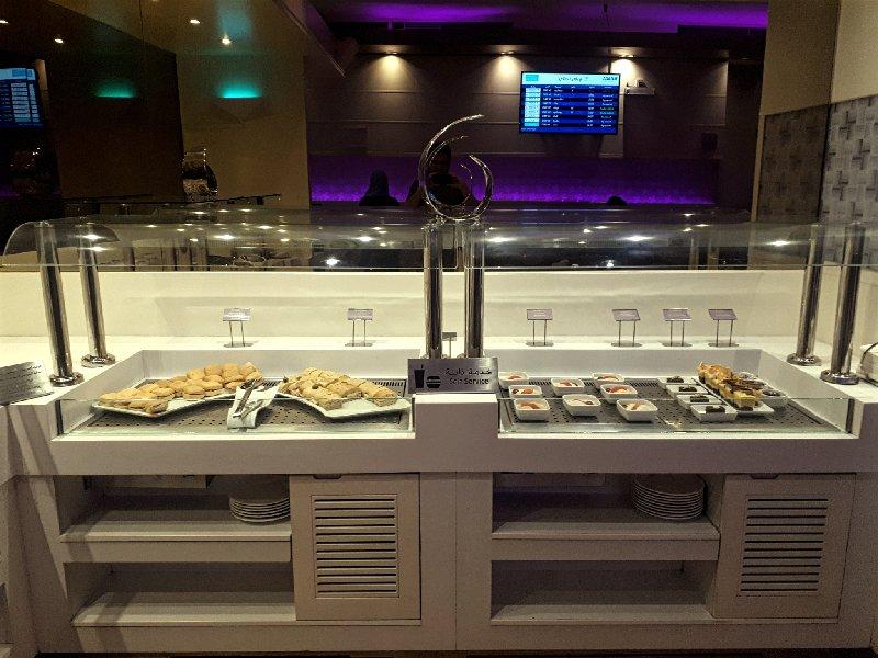 lounge buffet jeddah alfursan food