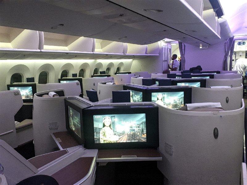 boeing 787 saudia business class