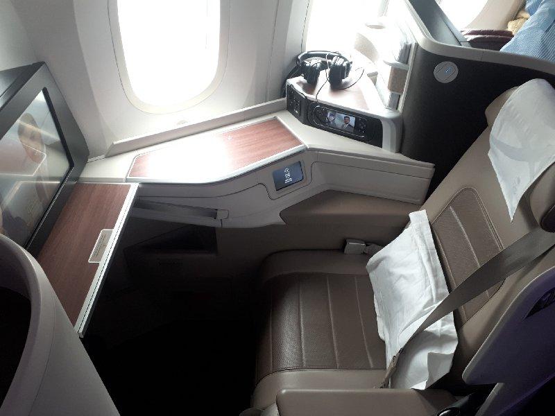 saudia 787 business class seat