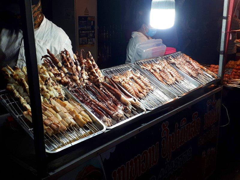 Ban Anou night market vientiane