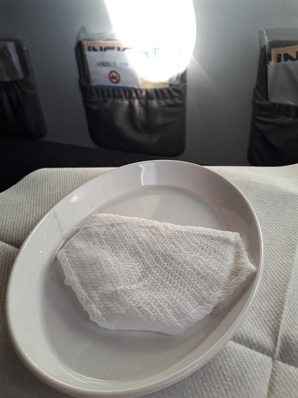 refreshment towel tarom