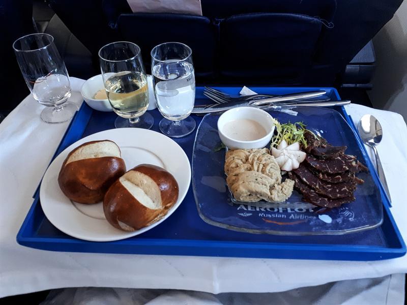 aeroflot starter hummus baked beef paris moscow flight review business class