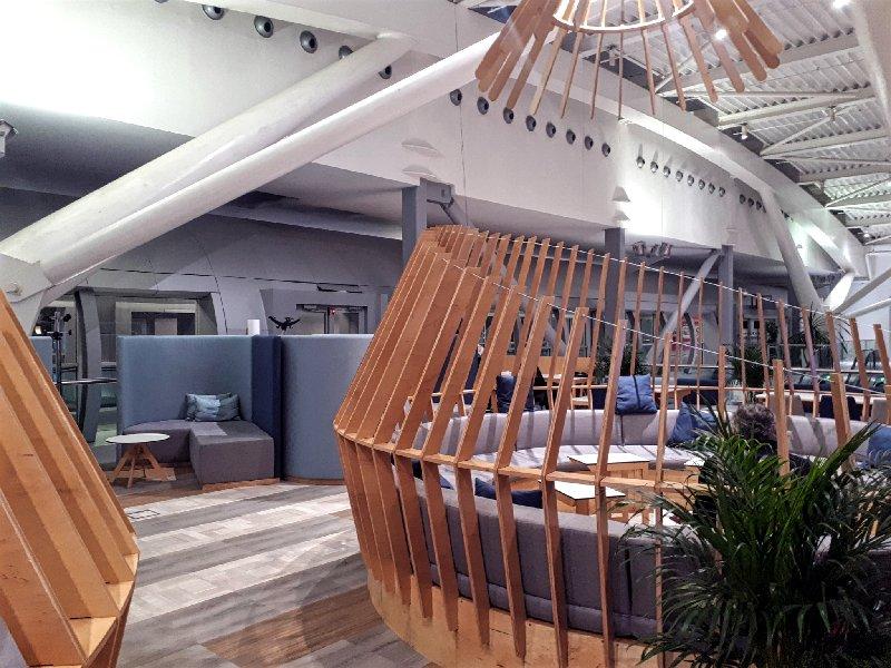 tarom lounge seating