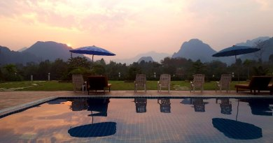 sunset vang vieng simon riverside hotel laos