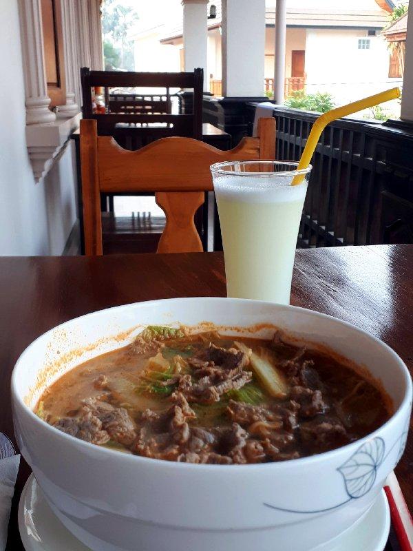 noodles breakfast