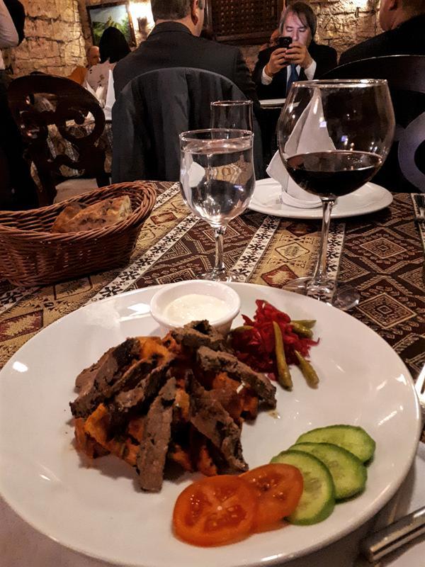 iskender kebab nargiz restaurant azerbaijan baku