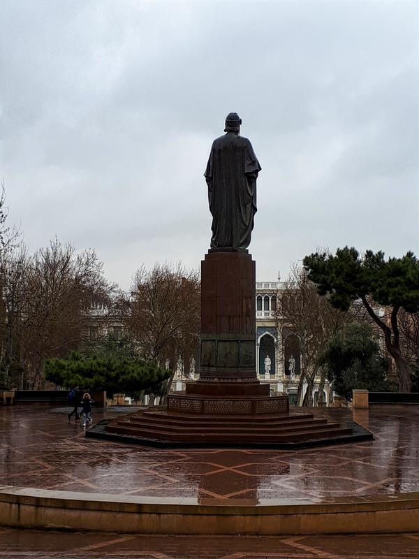 ganjevi statue