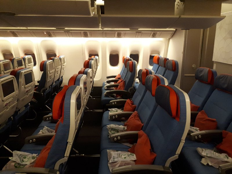 turkish airlines boeing 777 review