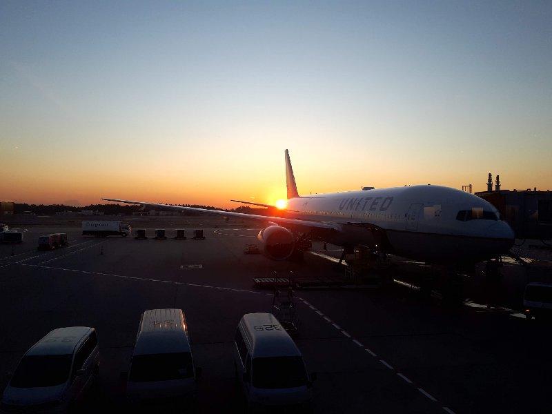 united club tokyo narita sunset