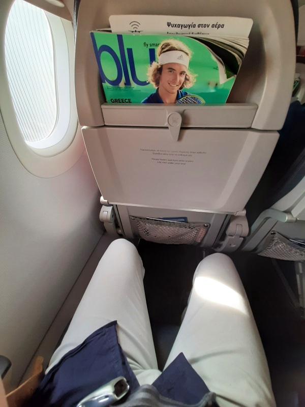 aegean airlines legroom seat pitch