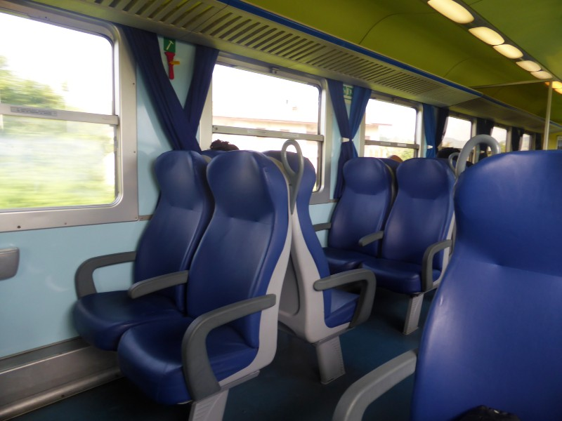 second class italian regional train trenord