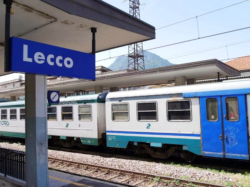 lecco station